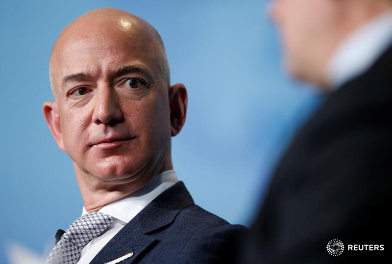 Amazon boss Jeff Bezos faces his first Congressional hearing. The outcome hinges on whether lawmakers finally come prepared, writes @GinaChon. https://t.co/cE2wQOYRmx https://t.co/jSXB6hm3MP