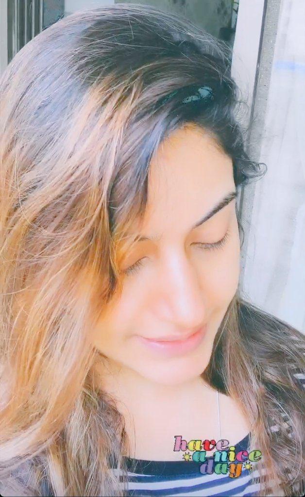#SurbhiChandna #scians   #DrIshani    Queen beautiful Surbhi chandnapic.twitter.com/lPQ767hRpc