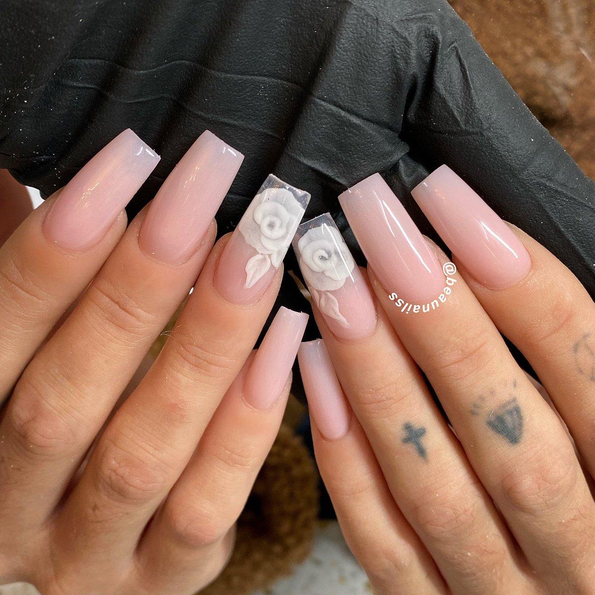 Natural set for Hazel #beaunailss #beautifulnailssheffield #sheffieldnails #nailsinsheffield #sheffield #sheffieldissuper #acrylicnails #nailart #nailstagram #naildesigns #nailsmagazine #nailsonfleek #naillover #naillove #coffinnails #ballerinanails #stilettonailspic.twitter.com/luNiKUxwPy