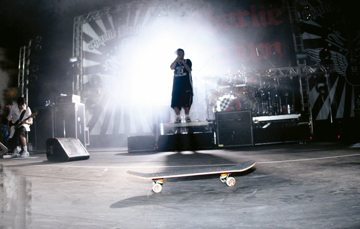 SKATE NA VEIA DOS IRMÃO! Tony Hawk's Pro Skater 1 + 2 terá música de Charlie Brown Jr.  https://t.co/DJagQj4Cqr https://t.co/wqTVSfOzly