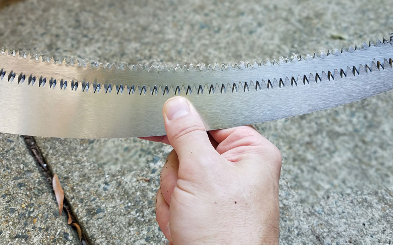 One of the best parts of this extendable pruner/saw from @coronatools is the Razor TOOTH Saw blade>> http://bit.ly/2C8fDze  #GPReview #coronatools #pruning #prunerandsaw #extendablesaw #polesaw #treetrimming #yardwork #productreviewpic.twitter.com/aflhB9ZbvP