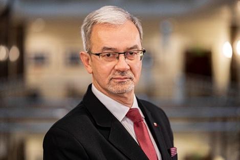 Zapraszamy do obejrzenia📺porannej rozmowy z prezesem #PGNiG @JerzyKwiecinski na kanale @Money_pl nt. bieżących działań spółki i rozwoju rynku #energia.    👉29 lipca o godz. 9.15  👉 https://t.co/yJpaJOhCvx https://t.co/HdHonIj2oa