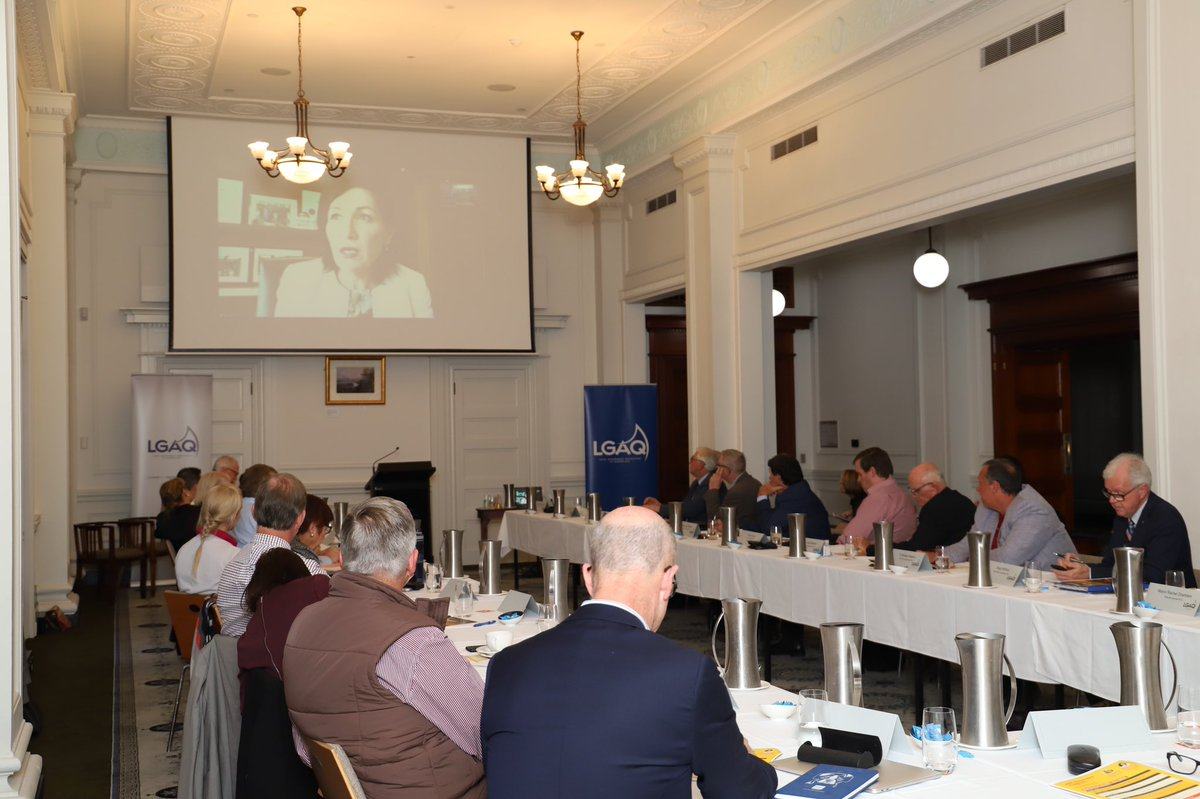 . @leeanneenoch has joined #ROC2020 via zoom to talk with mayors and executive officers representing ROCs across #QLD about important issues from waste management to arts funding and recovering from #COVID19. https://t.co/E5UUkZyLGt