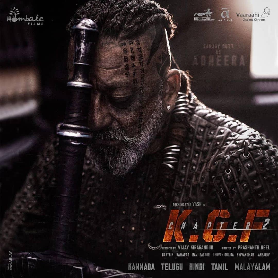 When Ragnar(Vikings) meets Kancha Cheena.  A new devil is born🔥🔥.  #KGFChapter2 #KGF2 #KGF #KGFChapter2Teaser #SanjayDutt  #kanchacheena #Yash #KGFChapter2SecondLook #KGFChapter2OnOct23 https://t.co/rGECROBCw1
