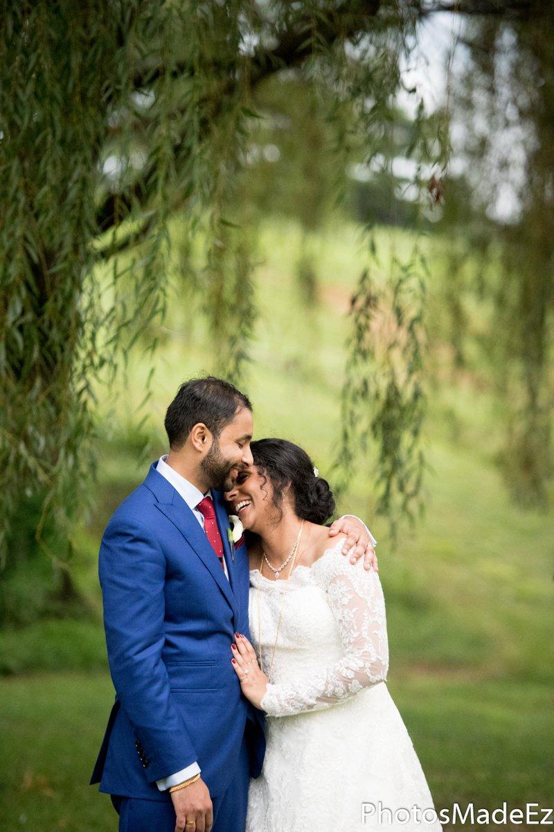 #brideandgroom #malayalichristianwedding #southindianbride #knanayawedding #springfieldcountryclub #Keralawedding  #JikksGotTheShillz #paweddingphotographer #PhotosMadeEz #newyorkwedding #newjersewedding #weddingphotographer #njwedding #desi #nyweddingphotographer #indianweddingpic.twitter.com/cGWyirA7bl