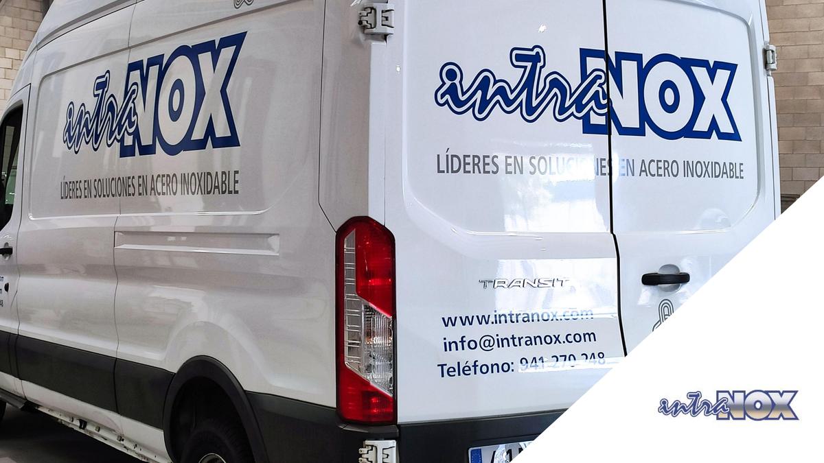 Nuestras furgonetas ya están rotuladas y han quedado así de bien. #intranox #aceronixidable #diseño #fabricación #montaje #instalación #deposito #silo #tanque #almacenamiento https://t.co/TPCGEn7Id7