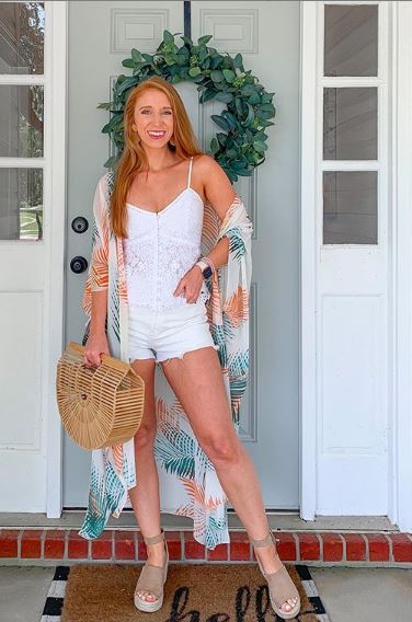 Moda es lo que compras ,estilo es lo que haces con ellahttp://mtr.cool/yrvkftslkn #fashiongram#fashionstyle#fashiontrends2020#fashionblogger_de#fashiondiaries#fashionoutfits#instafashions#styletoday#fashiongirl#fashion pic.twitter.com/vMtsdUmOph