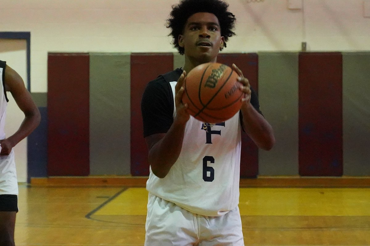 After missing much of his Junior Season due to injury  '21 @Logan30stephens of @WoodwardBBall has looked great playing with @TeamForrest_AAU this summer with multiple 20+ point games & should be one of GA's break out performers  Read More about him here: https://t.co/mgQYcfuSVE https://t.co/M6pEOiblsE