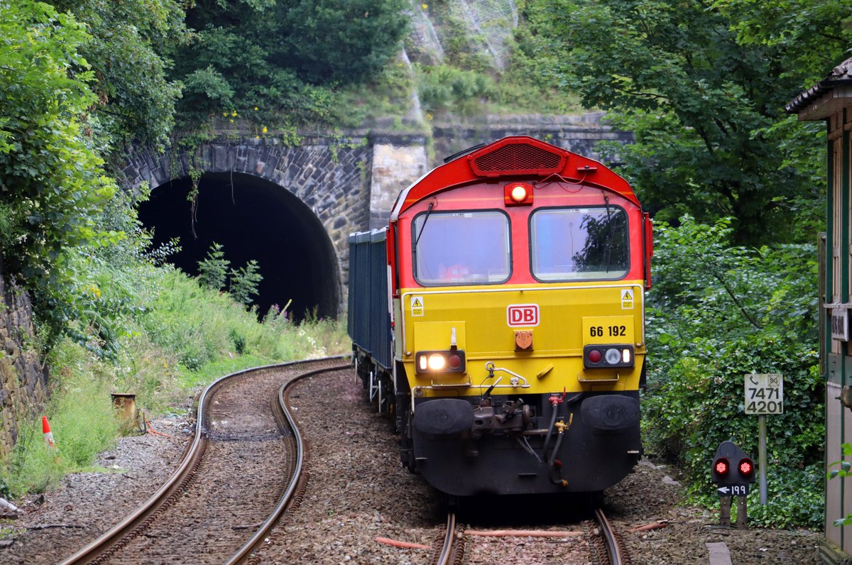 EeGsMz8XkAAPccV?format=jpg&name=medium - A mystery DMU tunnel!