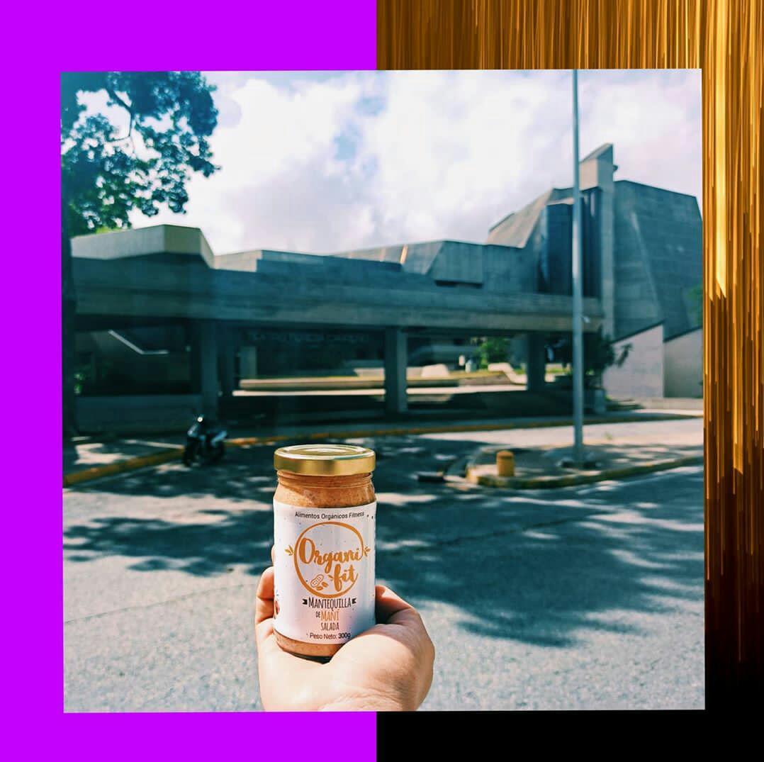 Mantequilla de Maní Salada, hecha con manos y talento 100% Venezolano. Sabor único e incomparable. #organifit20 #fitness #alimentosnaturales #alimentosorgánicos #marketorganico #abastoorgánico #cacao #chocolate #ccsabanagrande #SabanaGrande #Caracas #Venezuela #HechoenVenezuelapic.twitter.com/y8exX8w0k2