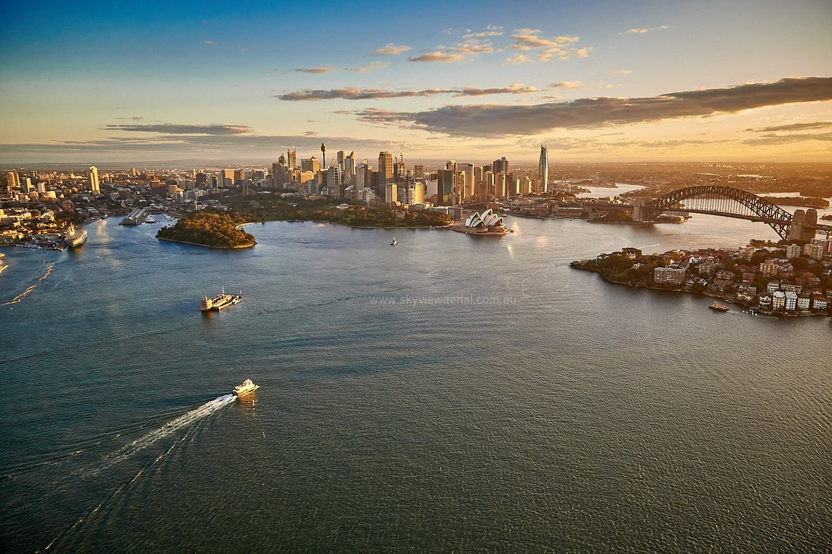 I miss overseeing, and in charge of, large construction sites.. Don't know why I changed my career?? Dusk 29 July 2020..#skyviewaerial out doing #aerialphotography for #nswconstruction #notadrone Images for sale. #sydneycbd #sydneyharbour #northsydney.  all DUSK / DAWNpic.twitter.com/Gnu9vUxlfv