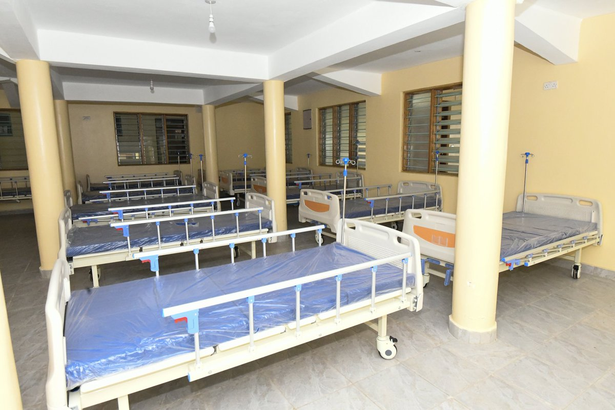Below is our 85 bed capacity Covid Isolation Ward at @KisumuCountyKE Referral  Hospital ( KCRH) being part of the 401 covid isolation beds available in various isolation centers across the county.  @KenyaGovernors @MOH_Kenya #TichTire https://t.co/1MDkNAaRhn