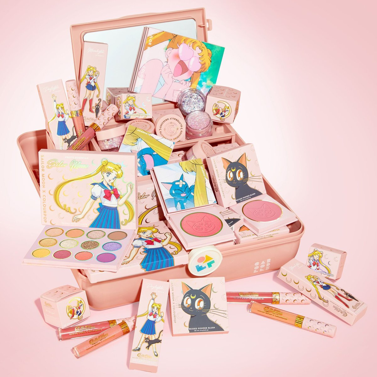 #GIVEAWAY🌙    Win the #SailorMoon X COLOURPOP COLLECTION before the RESTOCK! There will be 5 winners! Full collection restocking on JULY 30TH 10AM PST! #prettyguardiansailormoon ©N.T./PNP,T.A.  To enter:  🌙Reply w/ #SAILORMOONXCOLOURPOP  🌙RT & LIKE 🌙Follow us @ColourPopCo https://t.co/6XbP3M8ERX