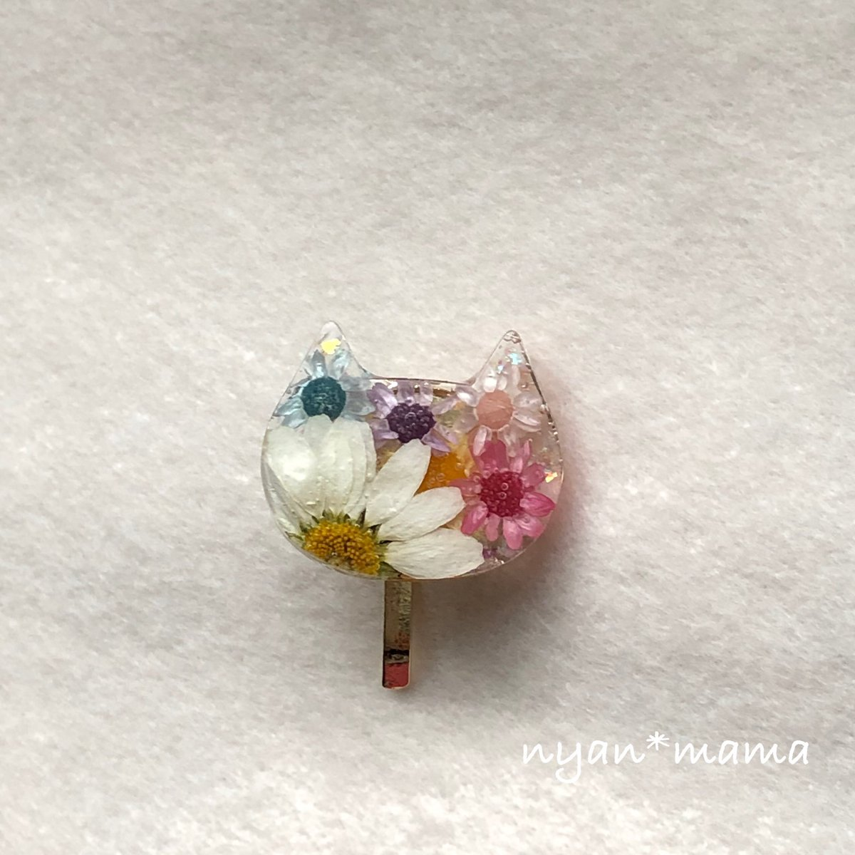 お花にゃんこのポニーフック ノースポールとスターフラワー💓 ミンネ、クリーマ、ラクマで販売しています! よろしくお願いします(*´˘`*)♡ #猫 #猫好き #猫雑貨 #ノースポール #スターフラワー #ドライフラワー #ポニーフック https://t.co/CqFs2ykqtj