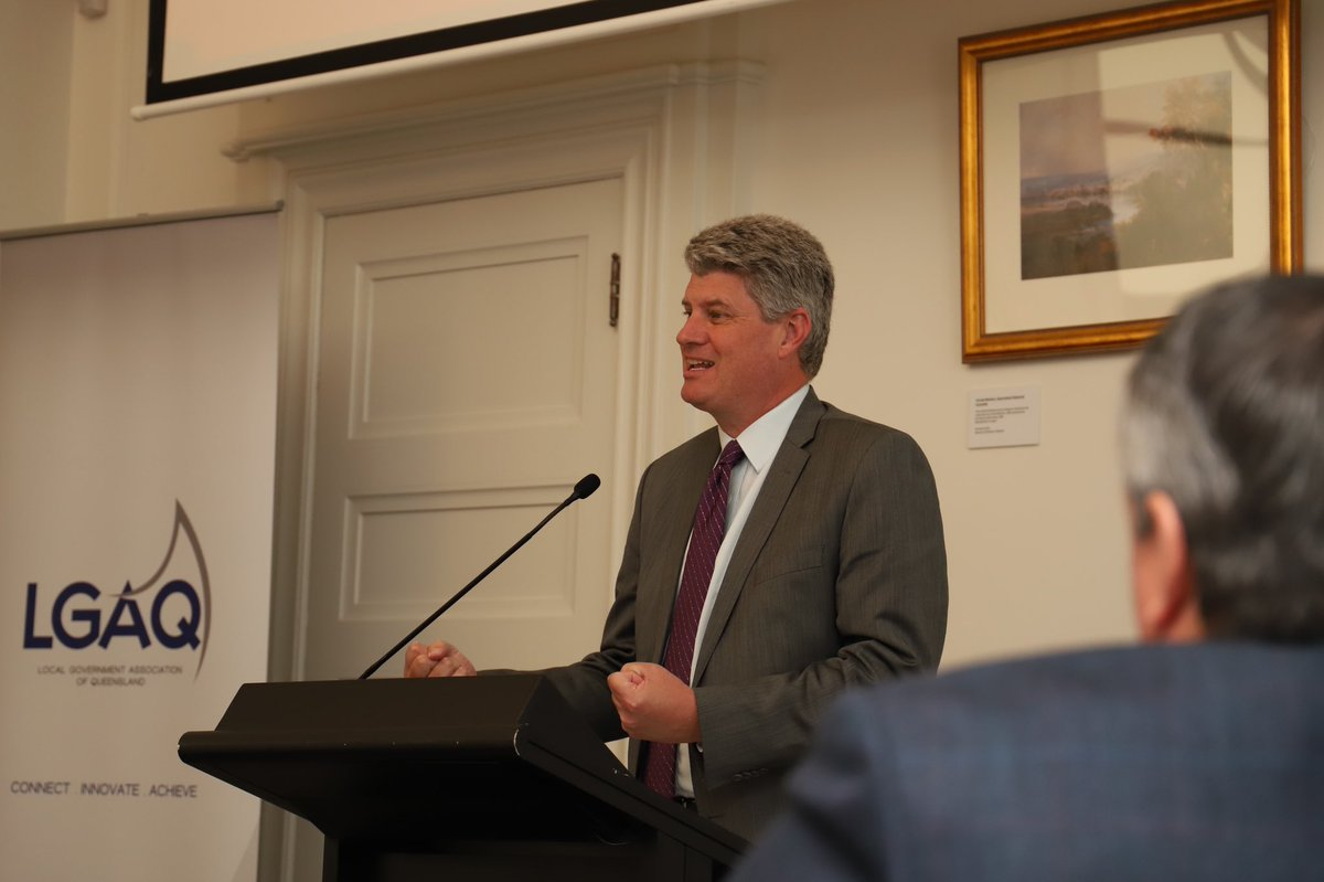 """. @StirlHinchliffe tells #ROC2020 the strong partnership between the State and councils is critical to #QLD's recovery. """"The role of ROCs is so important to the way in which our communities will emerge, redevelop and rebuild as we chart our way out of the pandemic."""" https://t.co/S4VnQFGIDD"""