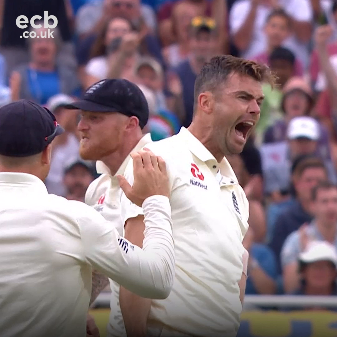 An absolute genius with the ball 🐐 Happy birthday @jimmy9 🎂