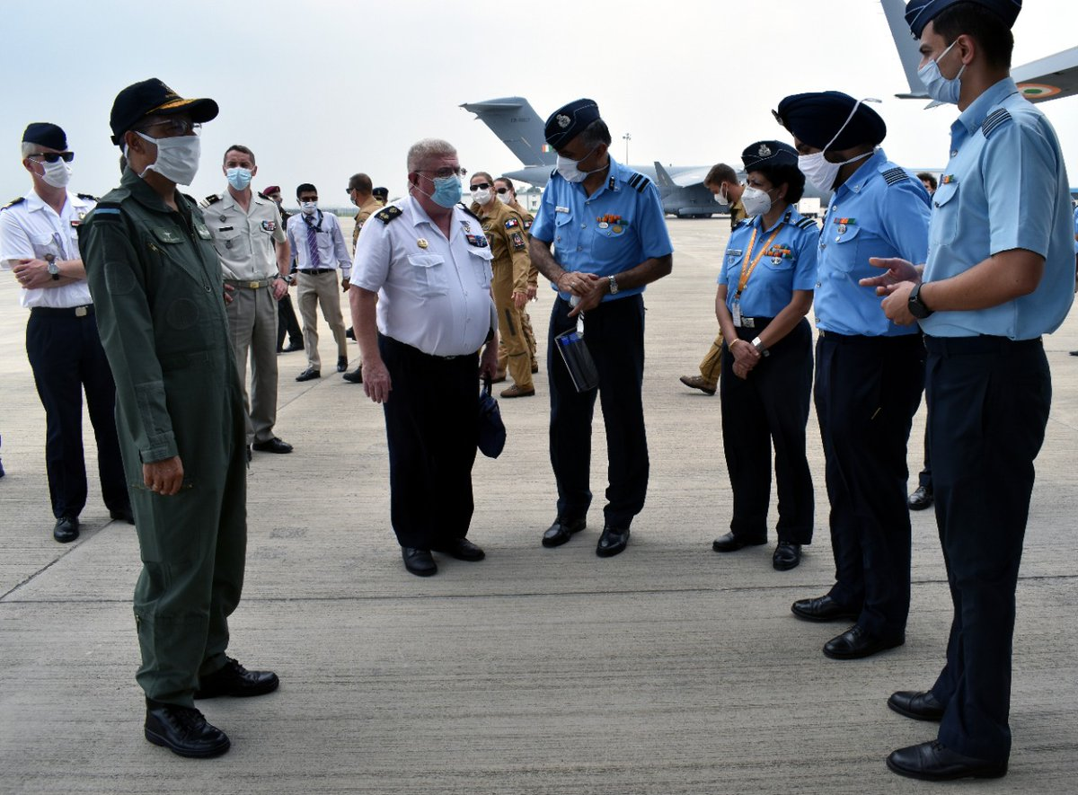 The IAF delegation was led by ACAS Medical, AVM Daljit Singh. Other senior IAF Medical Offrs were also present for the interaction. C-17 Ambulance Version for mass casualty carriage & procedure for transfer of casualties on a Patient Transfer Unit (PTU) was demonstrated.