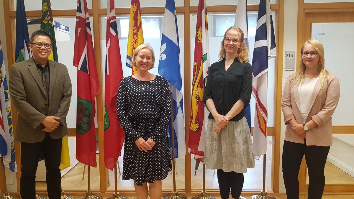 Nous souhaitons le plain succès à @kaisa_heikkila dans ses fonctions @FinlandinCanada  Bon voyage 🛫🇨🇦  @FrancisinHEL #économiecirculaire #droitsdelhomme #relance https://t.co/0oRq1FHye5