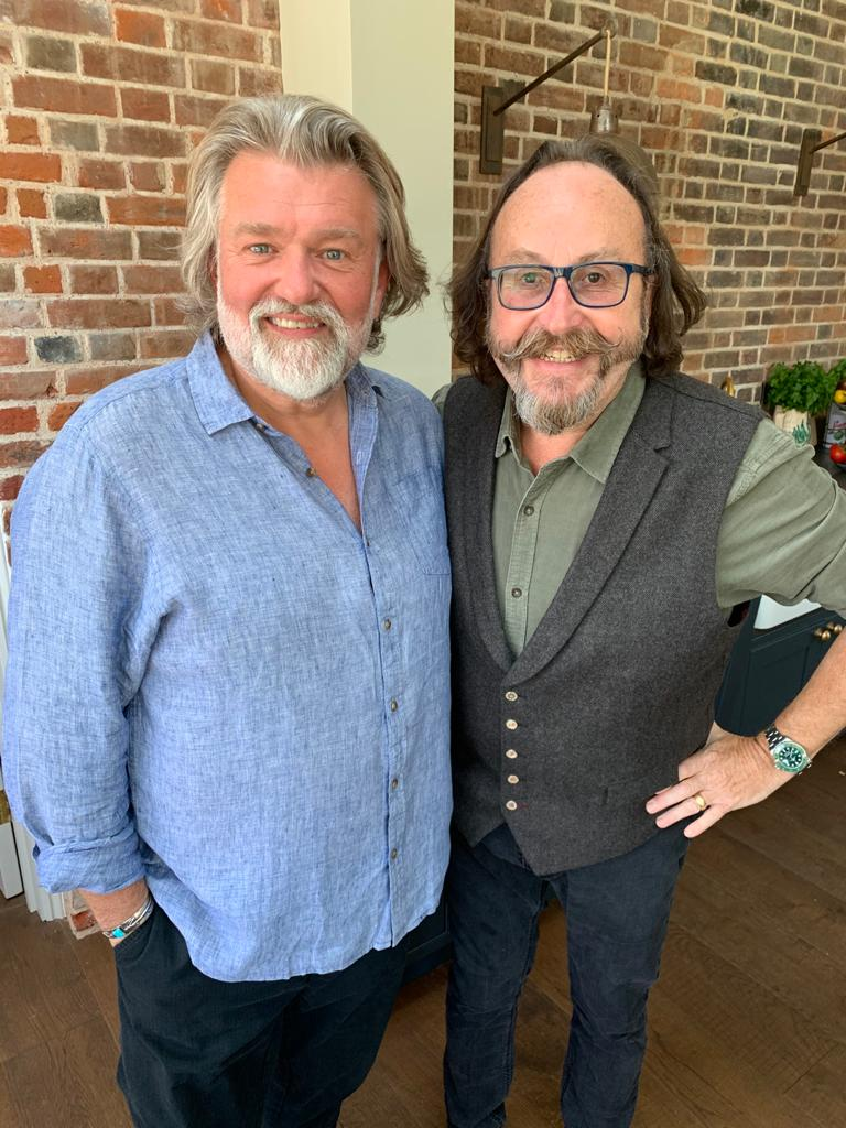 What fun we had yesterday!! Shooting for our latest book VEGGIE FEASTS!! It was a joy to be back together and we cannot wait to show you our latest recipes and see this book be brought to life! Stay tuned for updates #HairyBikers https://t.co/2lzBdau4or