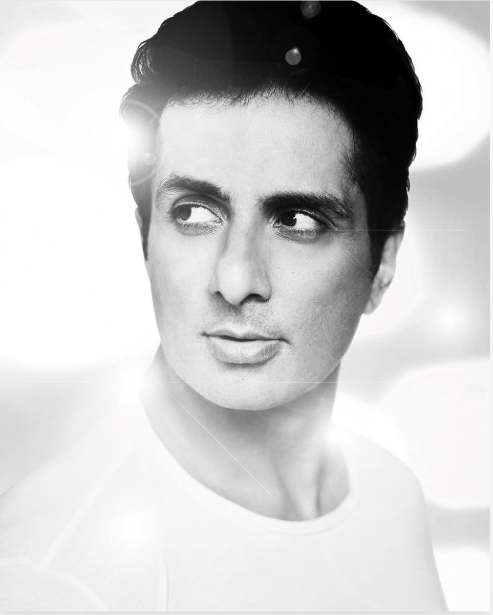 Happy Birthday you beautiful human 💛🐯🤗 May you continue to spread love and light. @SonuSood