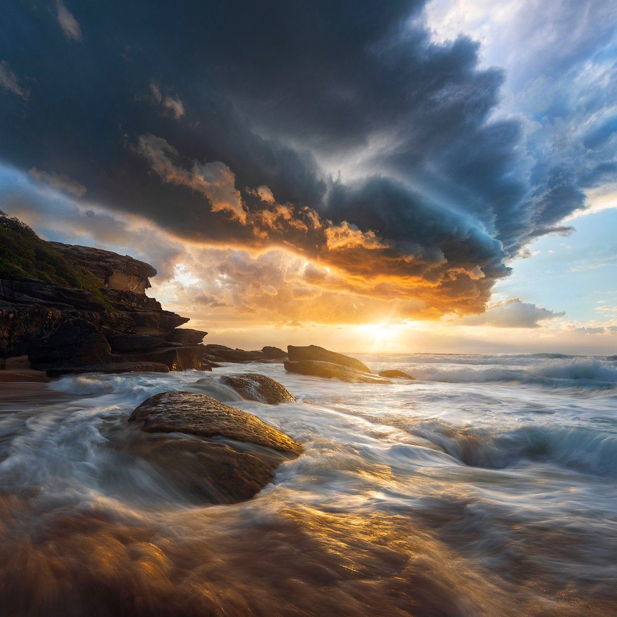 The only real mistake is not to correct your past mistakes. ~ Confucius. Good afternoon dear friends. 😉☕️🌤️🌿 📸 Anton Gorlin #quotes #seascape