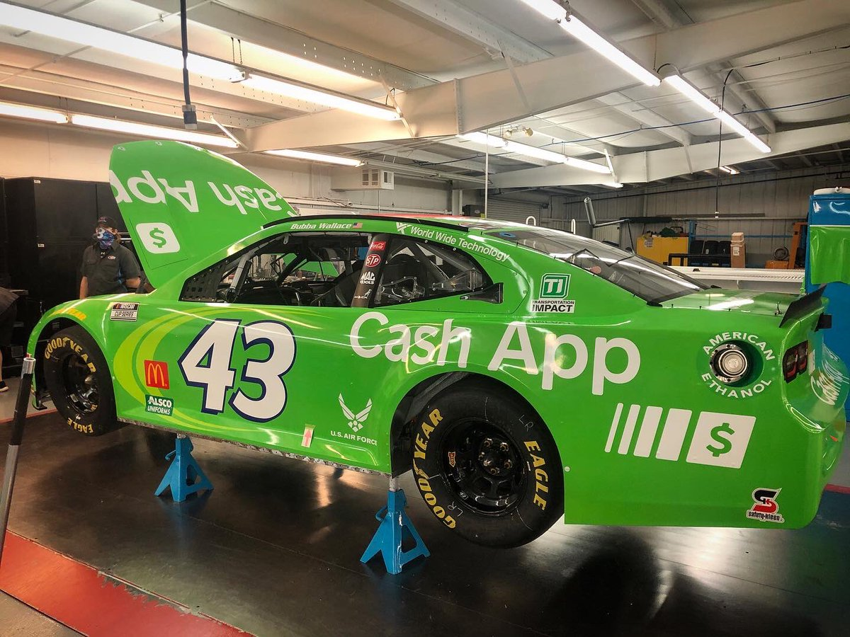 The @CashApp Camaro is just about ready to make its Northeast voyage to @NHMS!  #ridewithbubba | #RPMotorsports | #NASCAR https://t.co/uanUz9nfXZ