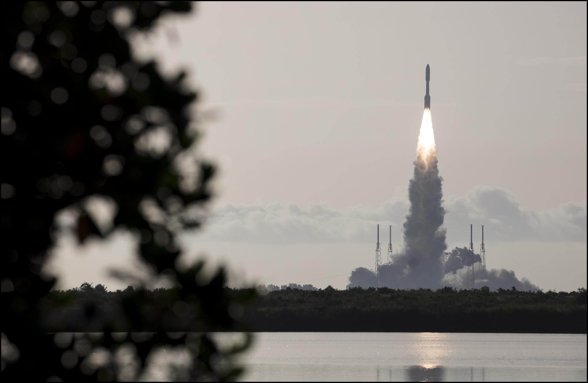 Атлас 5 с марсоходом стартовал с Канаверала/фото НАСА