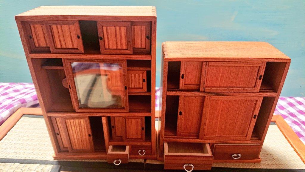 78歳の父親の力作!?1/10サイズのミニチュア家具たち!