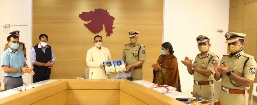 DG Police submits Draft of Gujarat Police Manual-2020 to CM