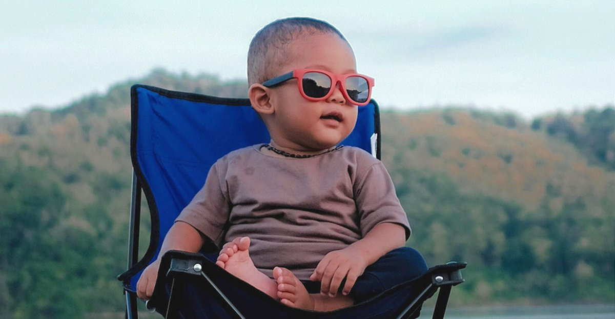 Keep cool and snack on 😎 . . . #noshfoods #luv2nosh #toddlerswag #toddlerstyle #unitedmotherhood #motherhoodrising #momoflittles #raisingboys #momofboys #boymom #boymama #coolkidsclub #holdthemoments #capturedmoments #joyfulmamas #documentingmotherhood https://t.co/qdCn1ln2Lg