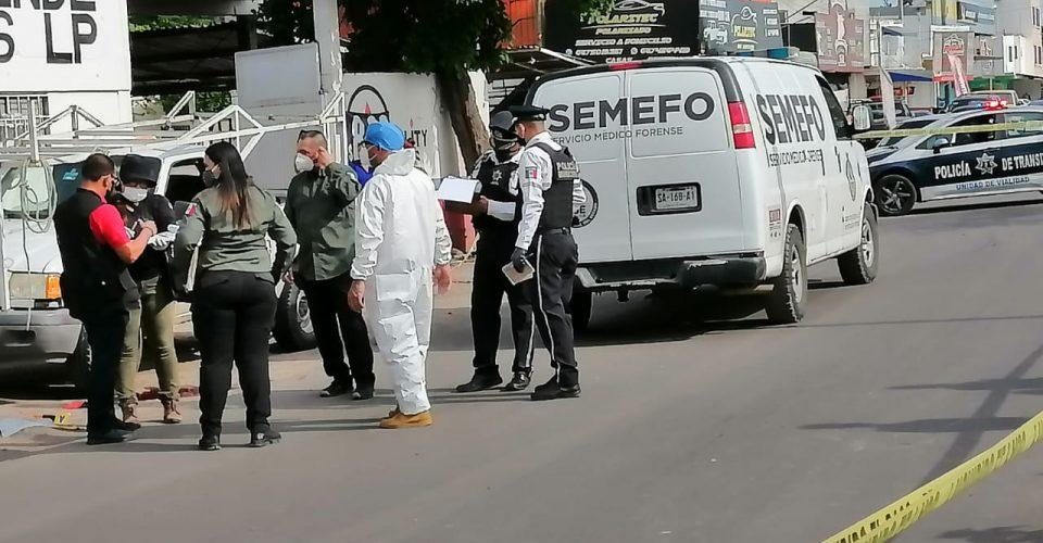 #POLICIACA  / Muere menor de edad atropellada en la Guadalupe Victoria #Culiacán  https://alinstantenoticias.com/muere-menor-de-edad-atropellada-en-la-guadalupe-victoria/…pic.twitter.com/dXt8LbJgSd