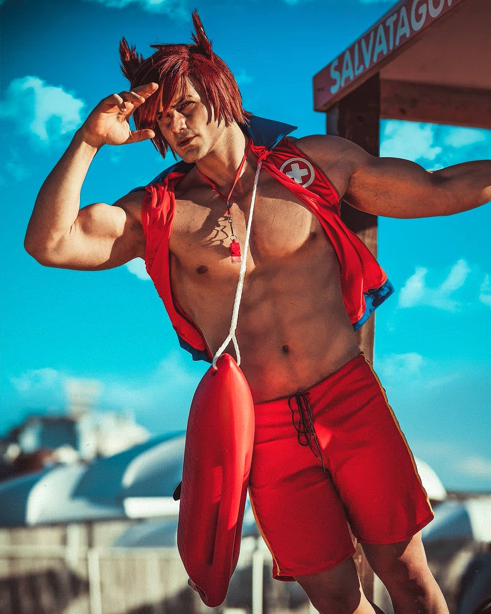Are you ready for the Pool (beach) Party?🔥 Surprise! Lifeguard Sett is here for You😘 So many of you asked me to cosplay this version (unofficial) and you know..I always keep my words 💪 #LeagueOfLegends @LeagueOfLegends @loleu @lol_es #PoolParty #setttheboss