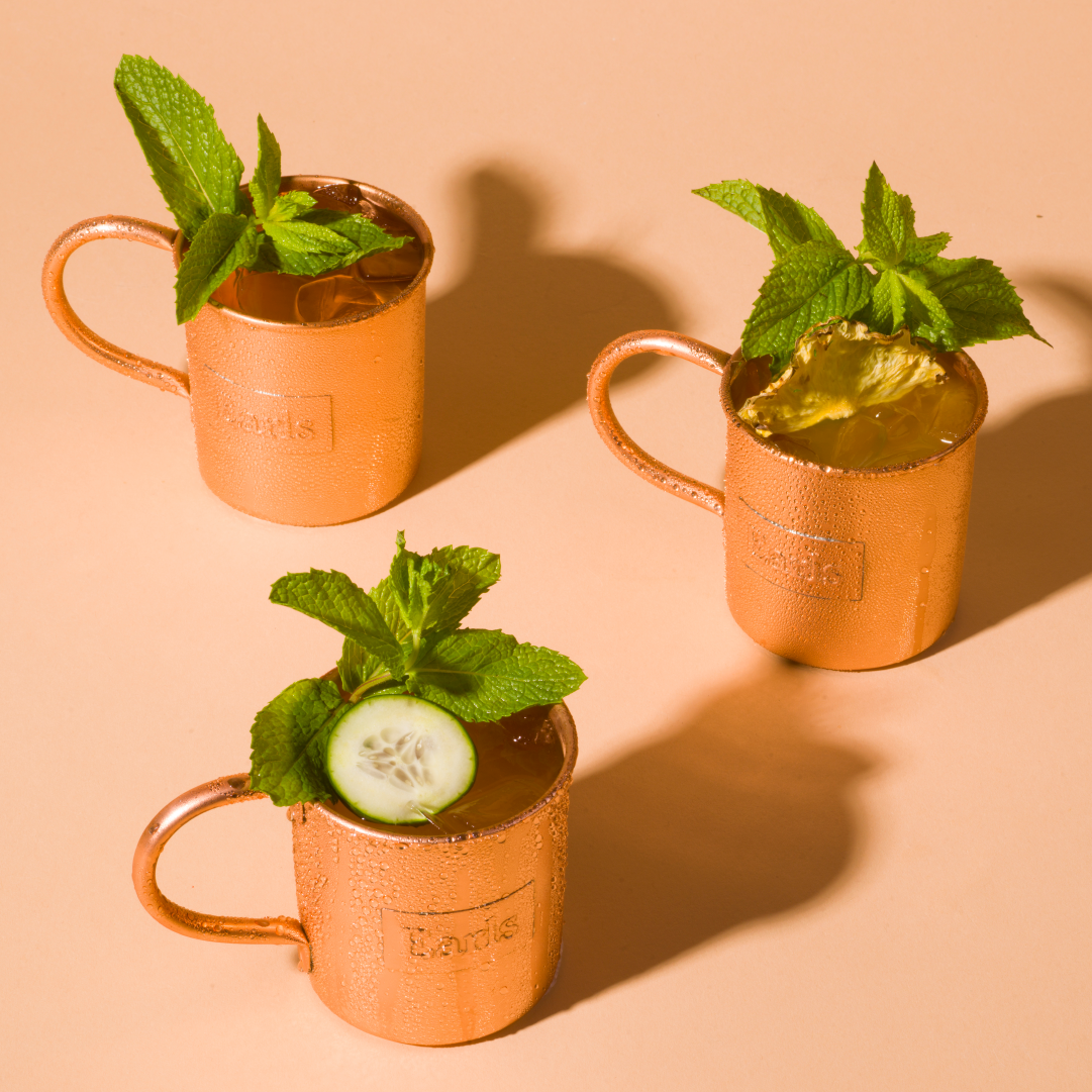 NEW MULES! Whew, it's *hot* out, and it's getting us in the mood to crush a round of Mules! Oh, you too? Well let's try out the new Passion Mule (and its non-alcoholic partner-in-crime the Pineapple Cucumber Mule) together 😉 See you on the patio!  #MuleThursday #Crushable https://t.co/XnZPIDJMOU