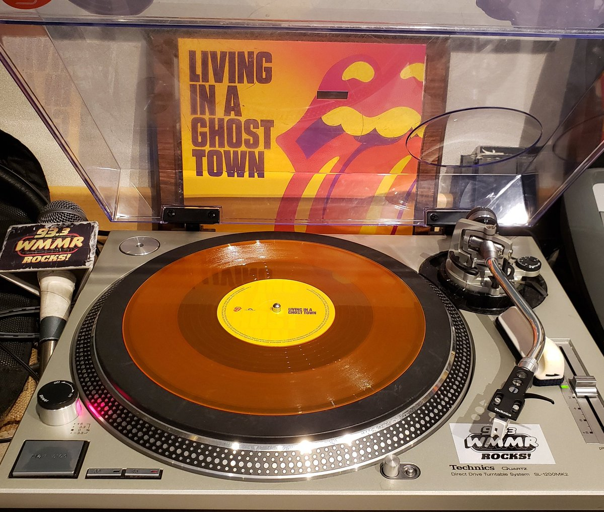 Playing virgin orange @RollingStones vinyl today for the vinyl cut on @933WMMR! This band is still making new music and still putting it out on vinyl! https://t.co/6SNZNP3gdP