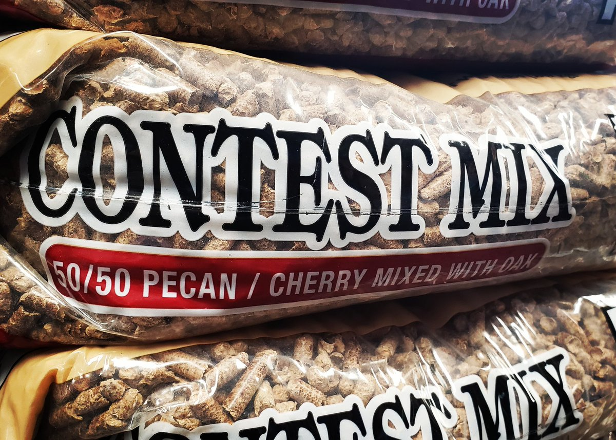 Now in stock at @kcgrillingco is the Contest Mix from BBQers Delight. A perfect mix of Cherry & Pecan!  Get it here NOW!    #kcgrillingco #olathe #therealkcgrillingcompany #bbqlife #bbqfamily #bbqnation #pellets #bbqersdelight #contestmix #cherry #pecanpic.twitter.com/IkC0x61VxE