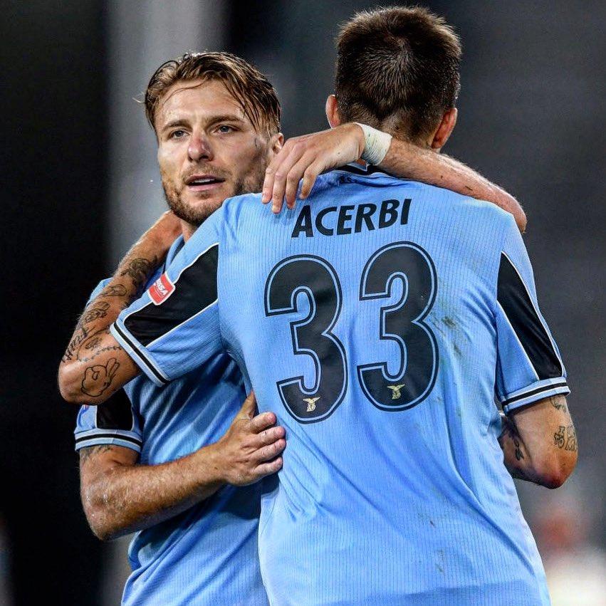 Amore ma davvero ne hai fatti 35?? Pensavo di più 😂😂😂 #Acerbi  #Ace #CMonEagles #Lazio https://t.co/n0dOOauPRr