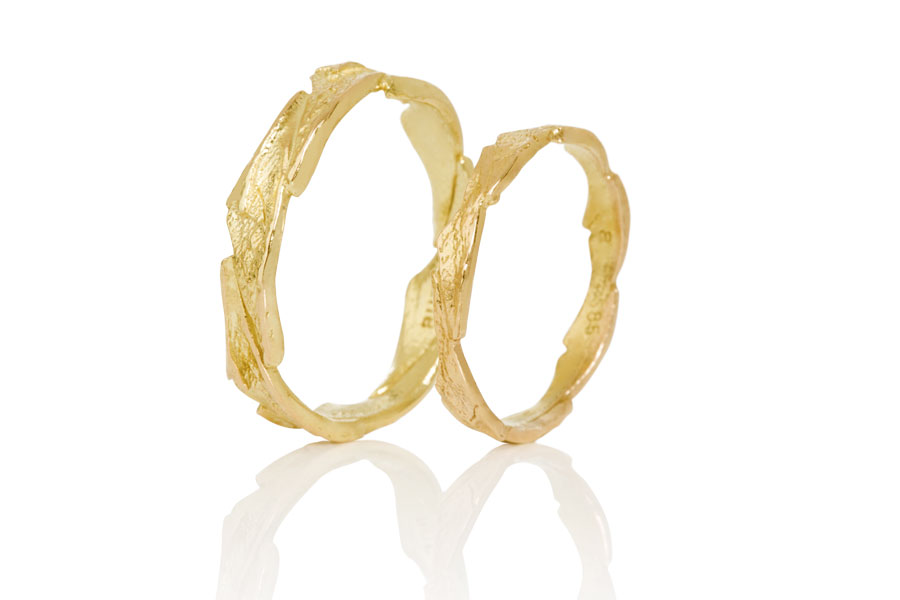 NEW ON TH BLOG: Aurum by Guðbjörg New Wedding Rings Collection #EthicalJewelry #SustainableJewelry https://wp.me/pacf4R-1PL pic.twitter.com/t5Px6watFB