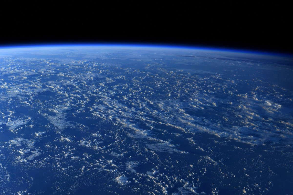 Our beautiful Blue Marble. https://t.co/GwpKb3Tlbl