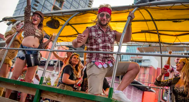 """Tennessean: #Nashville will ban all 'transpotainment' operations, regardless of whether alcohol is on board."""" (Transportainment is the category name for modes of travel like """"Pedal Pubs"""" and """"Hot Tubs on Wheels"""")"""