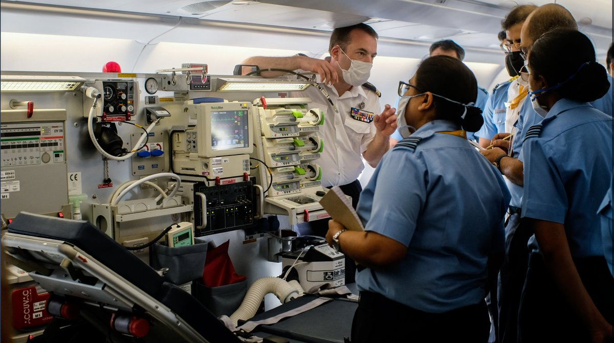 A 🇫🇷 armed forces team at AFS Palam held demos w/ 🇮🇳 IAF in Multi Role Tanker Transport Airbus A330 adapted for emergency medical air transfers. With a Morpheus resuscitation & oxygen kit, the A330 MRTT can perform long-haul evacuation for 10 intensive-care patients. #COVID19