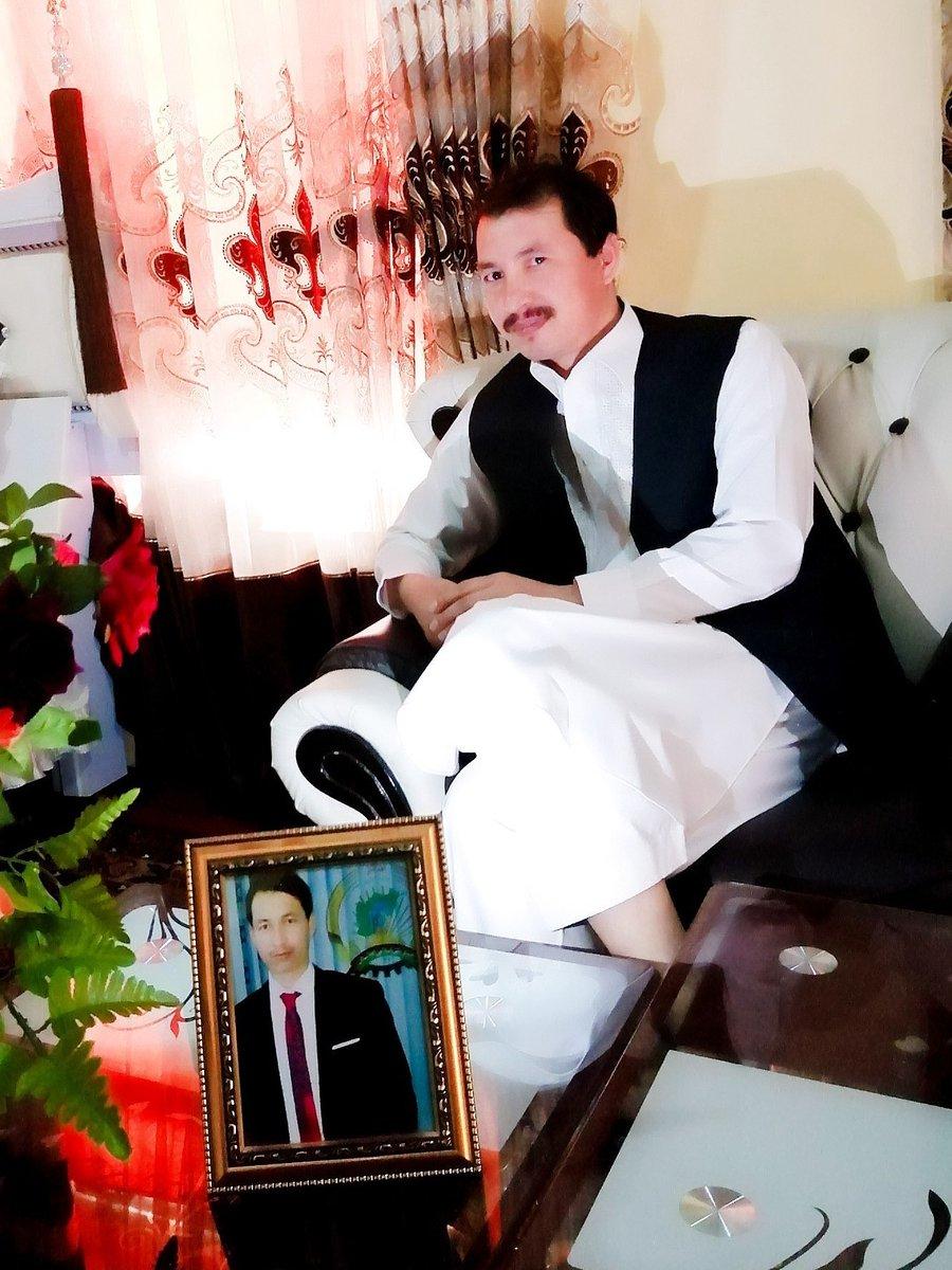 عید سعید قربان شما و فامیل محترم تان مبارک باد! آرزو دارم ایام پر برکت عید را در کنار خانواده، دوستان و عزیزان تان به خوشی و عافیت و بدور از آفات صحی سپری نمایید. به امید صلح و ثبات پایدار در کشور. بامهر شایق برادر کوچک شما https://t.co/vkT2LYHGDe