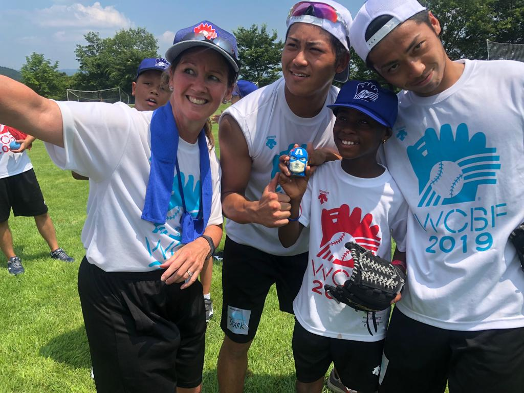 GHANA SHOCK PLAYER WINS AWARD AT THE 29TH WORLD CHILDREN'S BASEBALL FAIR IN FUKUSHIMA, JAPAN 2019!  Christabel Mawutor Akamah makes great impact in Japan for winning the Super Heroes Spirit Award. She is the Fast Pitch ambassador of Ghana Softball! @ascarborough @AggieSoftball https://t.co/yvvJk2uXO1