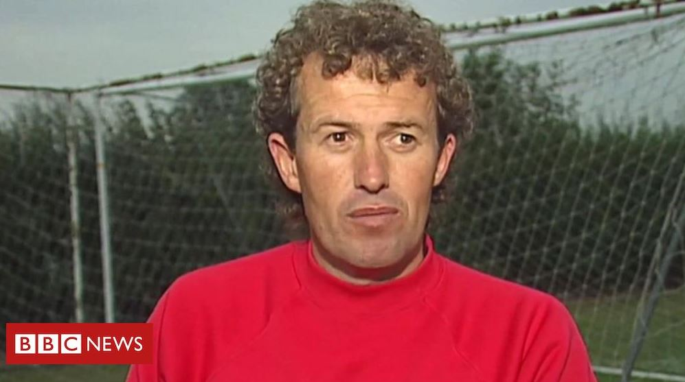 Former Crewe and Manchester City coach Barry Bennell (66) has admitted 9 sexual offences during a video-link appearance at Chester Crown Court today. They involve two victims between 1979 and 1981. The convicted paedophile is already serving 30 years for 50 child sex offences.