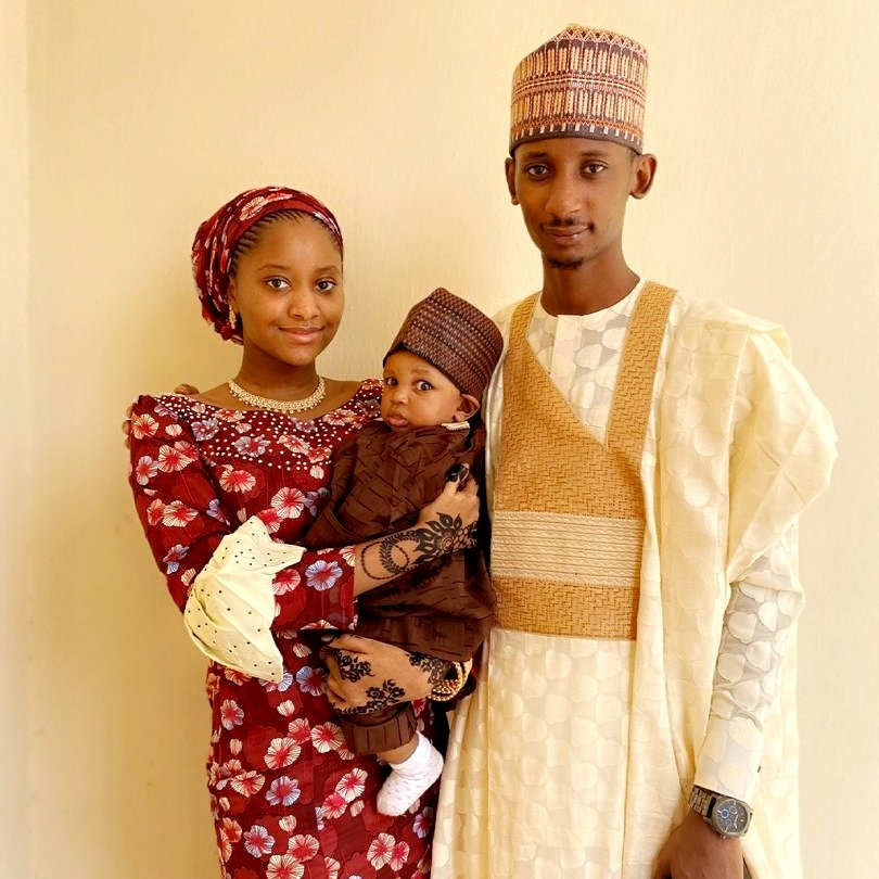 #EidMabrook!!! #Familia https://t.co/jri1wh0BxW