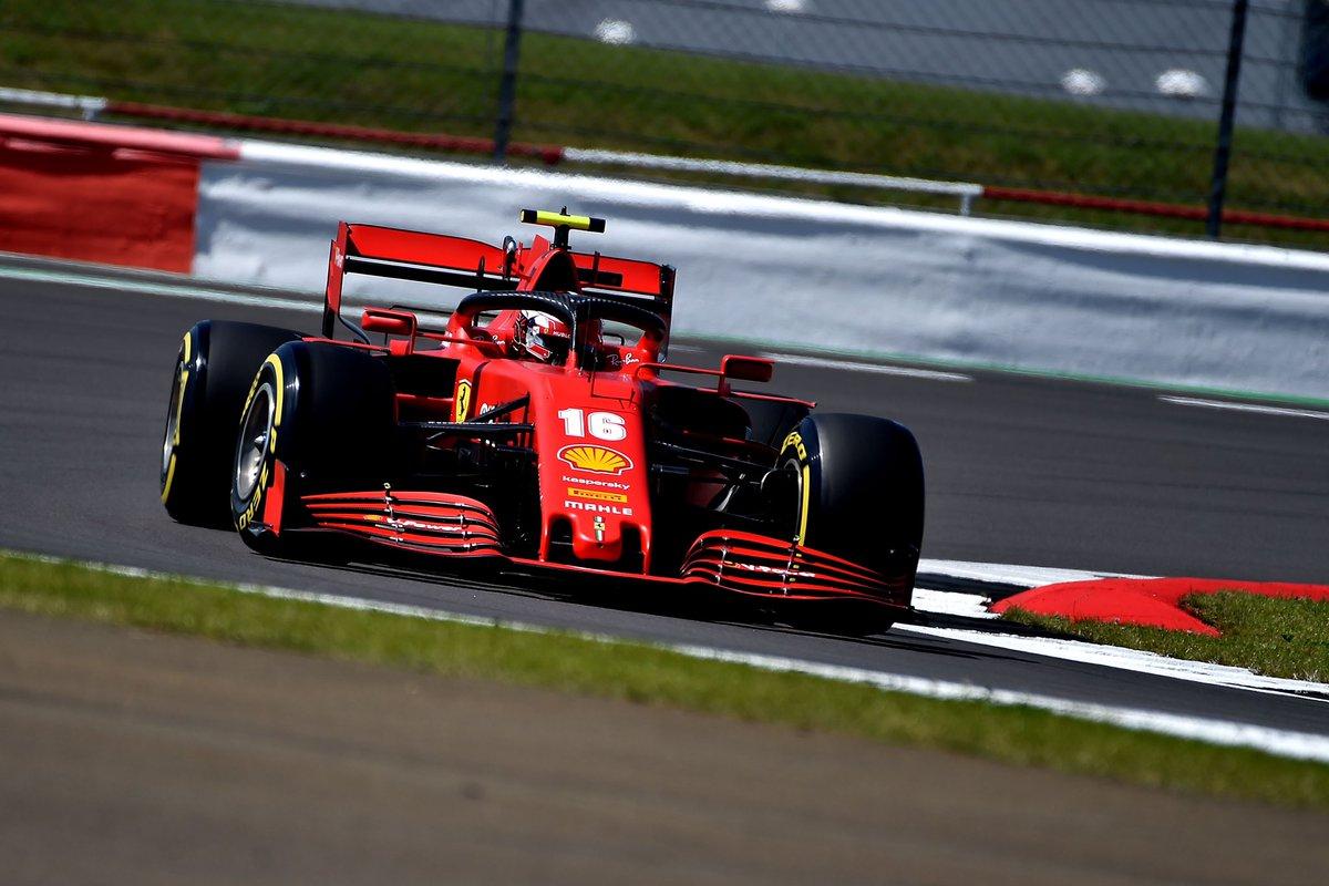 Ferrari en ritmo sufre bastante. Leclerc tenía problemas para mantener la estabilidad del coche con gomas gastadas.  Horrible día para Vettel que ha tenido problemas en las dos sesiones y es el que menos ha rodado #F1 #BritishGP https://t.co/tAyhp87I93