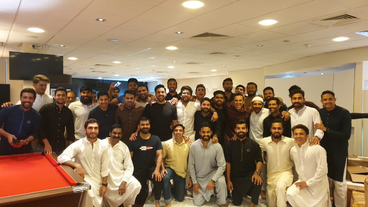 Eid Mubarak to everyone from me and the Pakistan team. Stay safe, stay blessed and remember to help the less fortunate on this Eid. https://t.co/I9nKp3NA1n