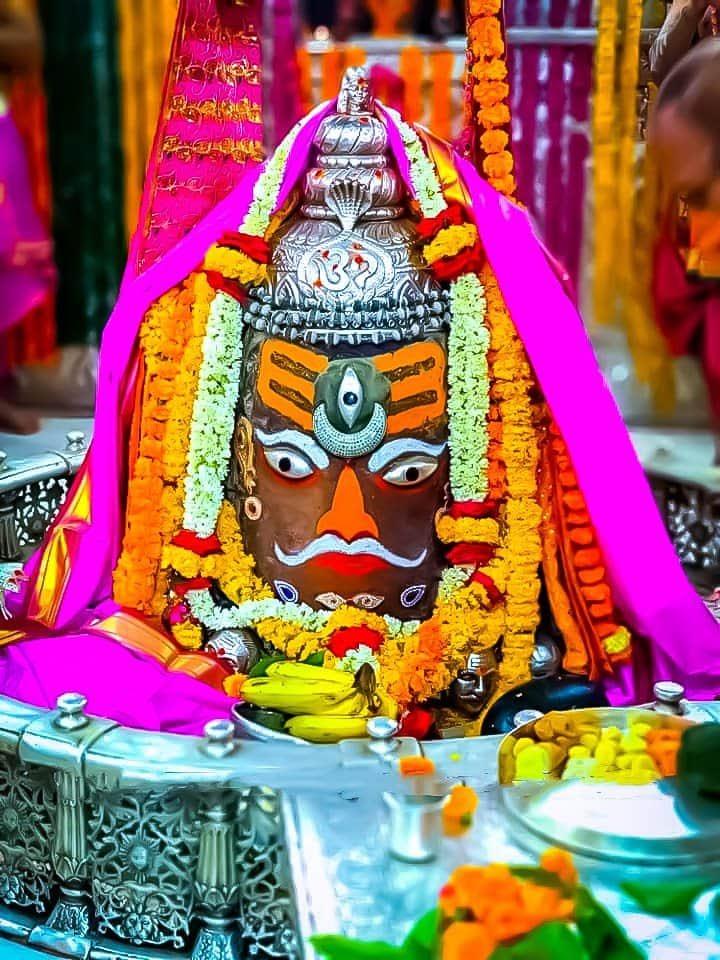 @narendramodi 🙏🌹🌹 हर हर महादेव शिव जी बड़े दयालु हैं अलख आपको नाम सच्चे मन से ध्यान करो तो पूर्ण हो सब काम ॐ नाम में सार है नाम जपो भोलेनाथ बिगड़ी काज संवारे बाबा महा काल शिव शंकर की पूजा अर्चना करें और भगवान से प्रार्थना करें सभी सुखी हो सभी रोग मुक्त रहें ऐसी कामना करता हूं 🙏🌻🌻 https://t.co/Br7FYXlcI3