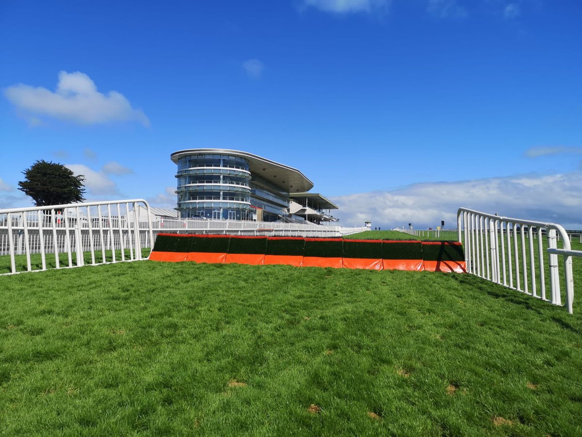 test Twitter Media - Day 5 @Galway_Races ! https://t.co/65AGrp1PMC