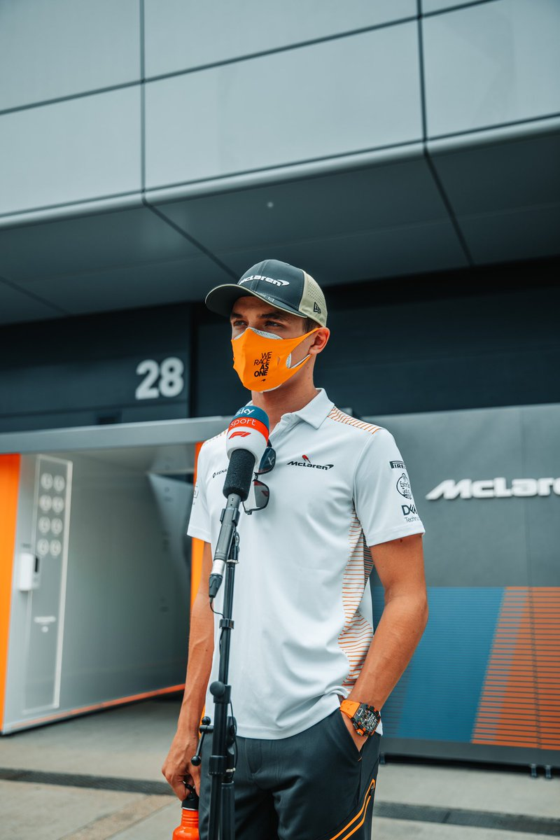 Hot one on day one, cooler one tomorrow.   One thing stays the same, he'll continue to extract the maximum ✊  🇬🇧 #L4NDO #BritishGP #F1 https://t.co/sl34Vb4vcF