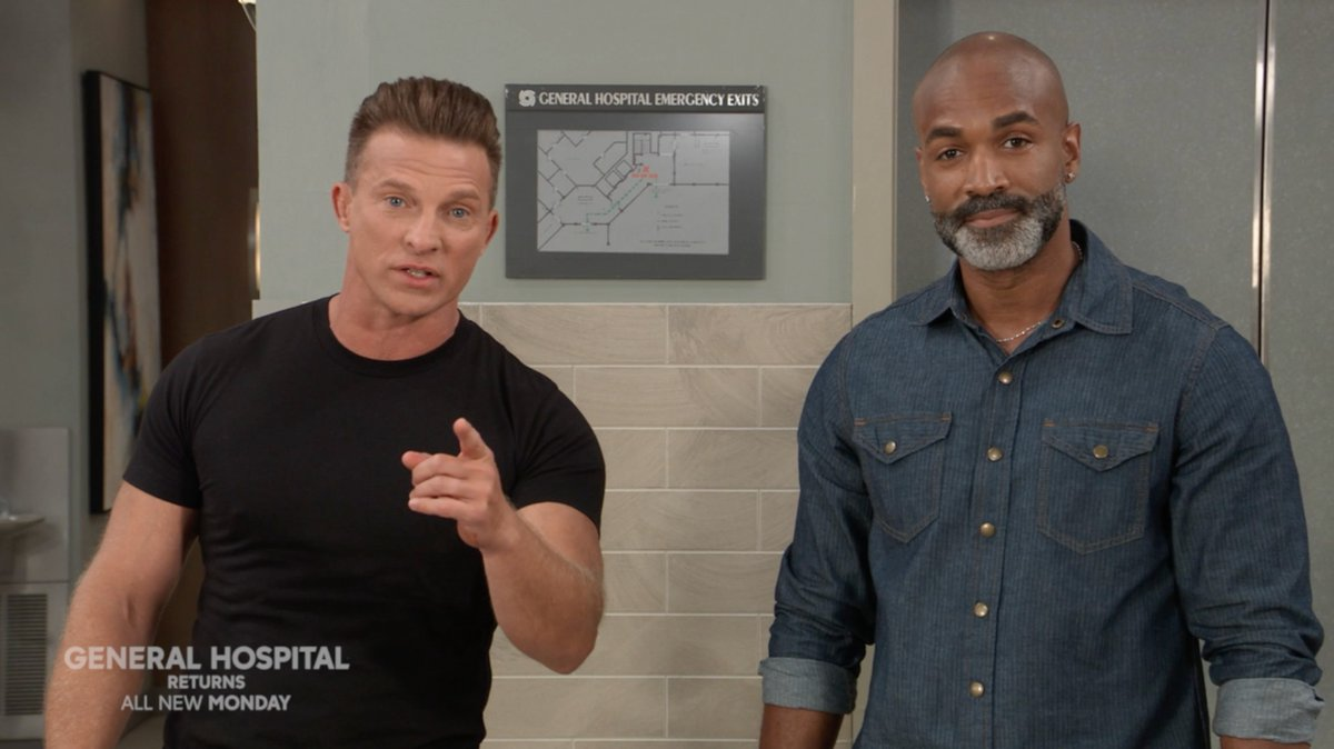 You wouldnt want to let Stone Cold or Curtis down, would you? @1SteveBurton @donnellturner1 #GH